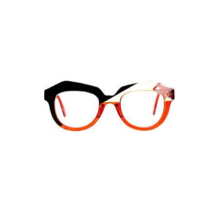 Armação para óculos de Grau Gustavo Eyewear G37 1. Cor: Preto, cristal e laranja translúcido. Haste laranja translúcido.