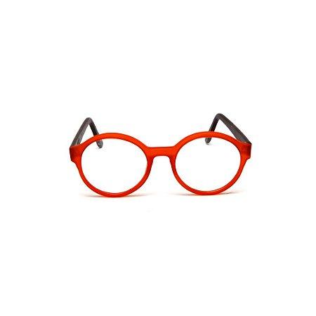 Armação para óculos de Grau Gustavo Eyewear G67 2. Cor: Vermelho translúcido. Haste preta.
