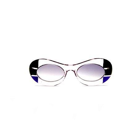 Óculos de sol Gustavo Eyewear G89 18. Cor: Cristal, preto, verde e azul translúcido. Haste verde. Lentes cinza.