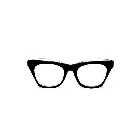 Armação para óculos de Grau Gustavo Eyewear G69 E. Cor: Preto com ponta cristal. Haste preta.