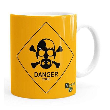 Caneca Breaking Bad Heisenberg Danger Toxic Branca