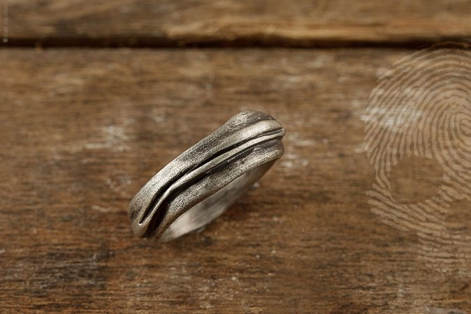 MELTED - Anel Masculino em Prata 925