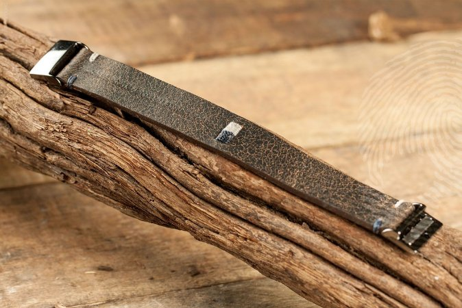 PULSEIRA - Bracelete em couro Solets com fecho magnético