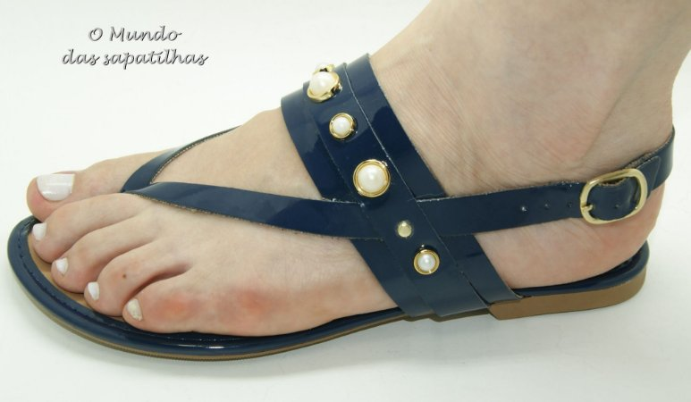 Sandália Rasteira azul mini pérolas