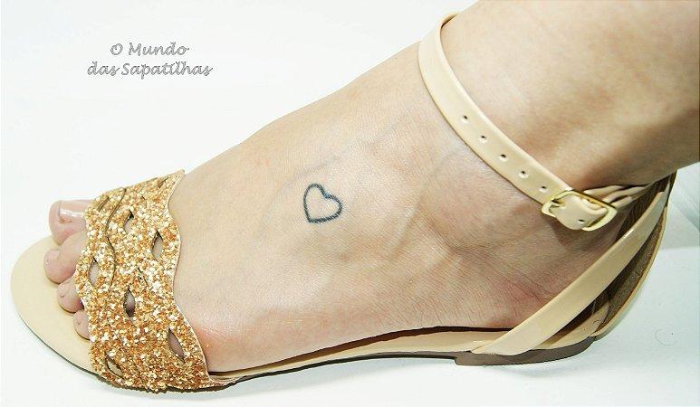 bbe48d445 Sandália Dourada Gliter - omundodassapatilhas.com.br