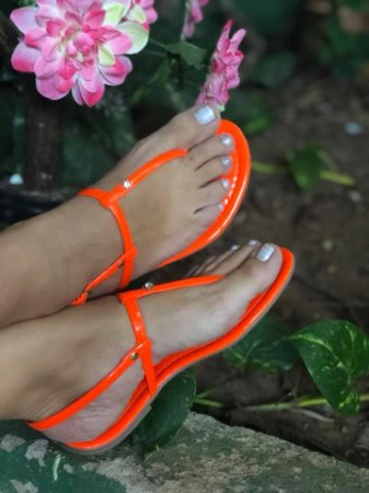 Sandália Laranja neon