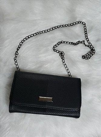 Bolsa quadrada preta textura