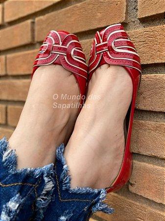 Sapatilha Redonda Vermelha Detalhes