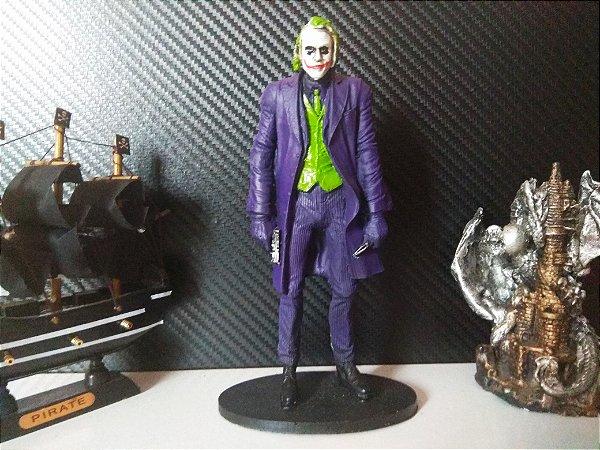 Boneco Resina Coringa The Joker Coleção Action Figure 18 Cm