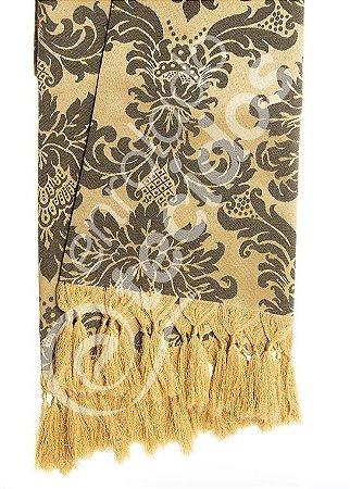 Manta para Sofá em Tecido Jacquard Preto e Dourado 1,80m X 1,40m