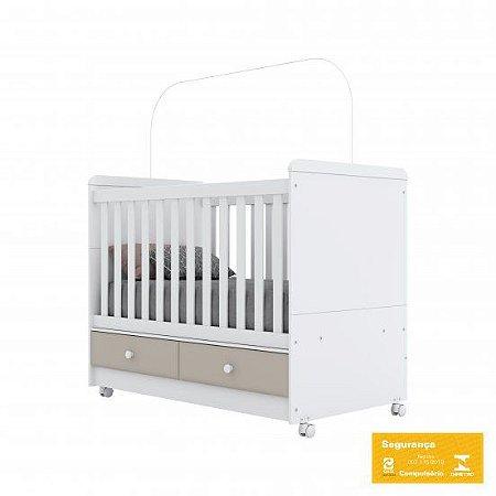Berço de Bebê Aquarela Cristal e Branco Henn