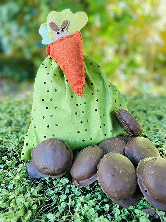 Pão de Mel com Saquinho Verde de Bolinhas decorado com Cenoura