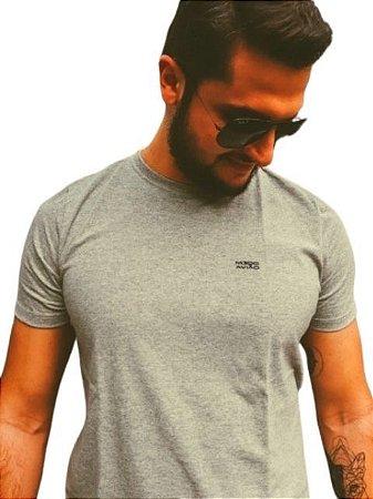 Camiseta Básica Modo Avião Brand