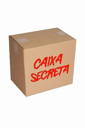 Caixa Secreta Aversion - 2 Bonés Sortidos + 1 par de meias