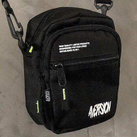 Bolsa Lateral Shoulder Bag Aversion Preta