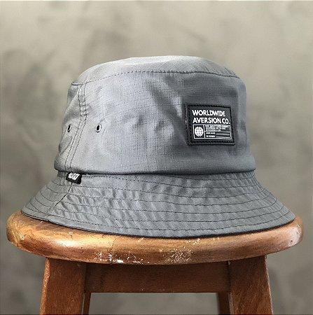 ÚLTIMA PEÇA | Chapéu Bucket Hat Aversion Worldwide Cinza Chumbo