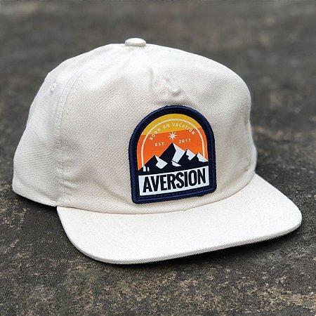 Boné Aversion Snapback Desestruturado Aba Reta Bege - Model Mountain