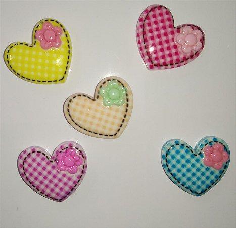 Aplique Plástico Coração Xadrez Sortidos
