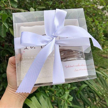Caixa presente - toalha luxo, vela e pote com sabonetes