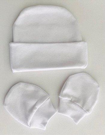 Touca+Par de Luvinhas RNMaterial 100% algodão em malha suedine. Medidas: 18cm ALT.(se/ aba dobrada) por 15 cm BRANCO