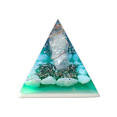 Pirâmide Orgonite Verde Água de Quartzo