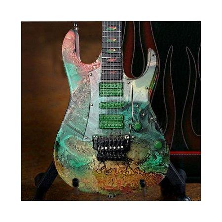 Miniatura Guitarra Steve Vai 7 cordas verde