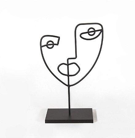 12466 Escultura Preta Em Metal