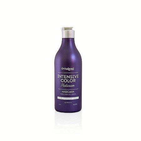 Intensive Color Platinum - 300 ml, Super eficaz, desamarelador com efeito platinado em fios loiros. Altamente eficiente em cabelos pretos como tonalizador. Cobre os fios brancos e descolore progressivamente e fixa a cor por mais tempo.