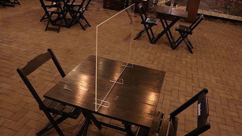 Barreira de Proteção em Acrílico Multiuso 65x70cm