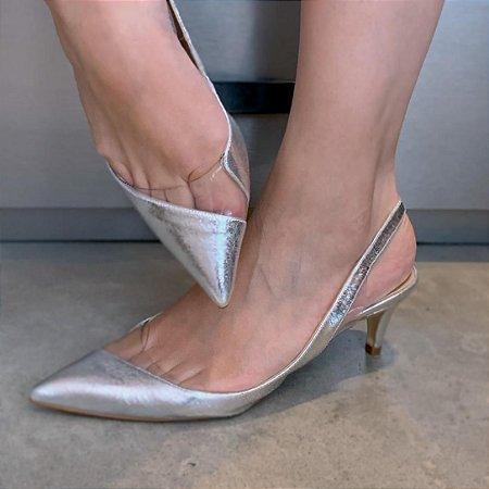 Chanel Prata Com Detalhe Em Vinil Salto Baixo