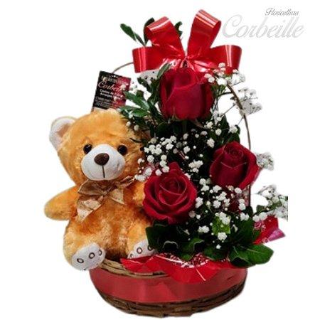 Cestinha com 3 Rosas Vermelhas e Ursinho de Pelúcia