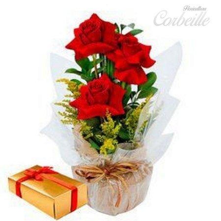 Arranjo 3 Lindas rosas vermelhas com caixa de bombom