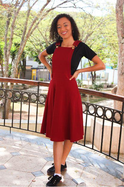 Vestido Jardineira Vermelho