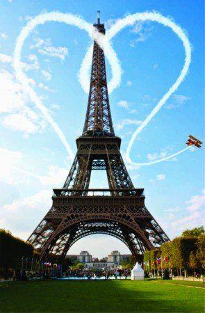 Placa Decorativa em MDF - Avião Torre Eiffel Paris