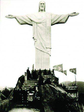 Placa Decorativa em MDF - Cristo Redentor Antigo 30x40cm