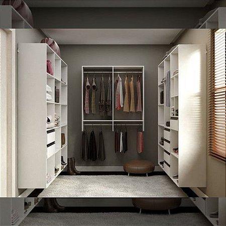 Closet Completo (04)  com Prateleiras, Gaveteiros, Nichos e Cabideiros