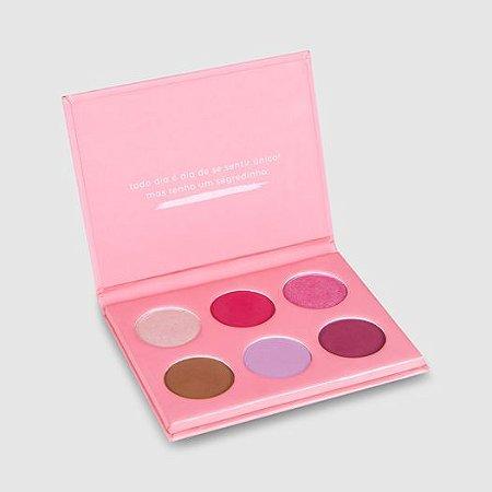 Paleta de Sombras às quartas usamos rosa Vizzela