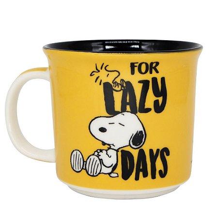 Caneca tom 350ml Foco Snoopy
