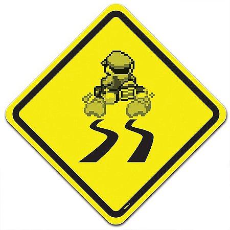 Placa Trânsito Mario Banana na Pista - 36x36cm
