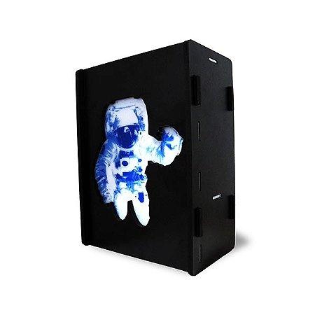 Luminária Caixa Astronauta