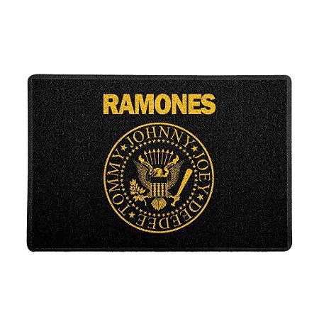 Capacho Ramones Logo