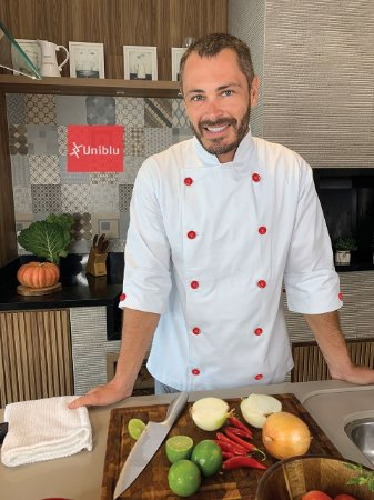 Camisa Masculina Chefe Cozinha - Dolmãn Stilus Branca - Botões Vermelhos - Uniblu
