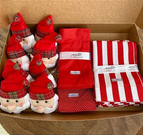 Kit Natal 8 Lugares - Jogo Americano - Listrado - Vermelho - Guardanapos Poá Pequeno Vermelho e Guardanapo Liso Vermelho - Mimos Têxtil