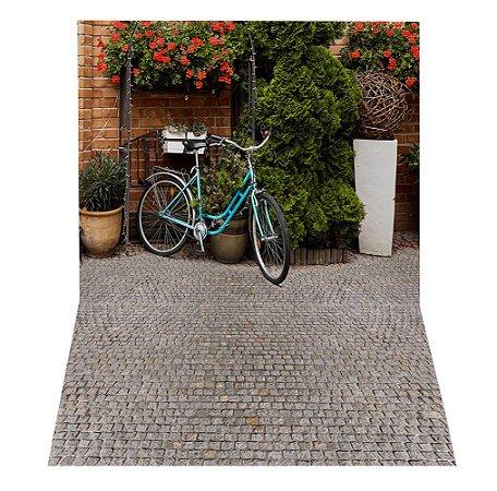 Fundo Fotográfico em Tecido Sublimado Bicicleta no Jardim