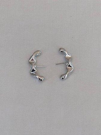 Brinco Ear Hook  Juliette P Ródio Branco P