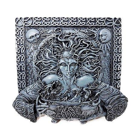 Placa em Relevo Deusa Cerridwen - Pedra