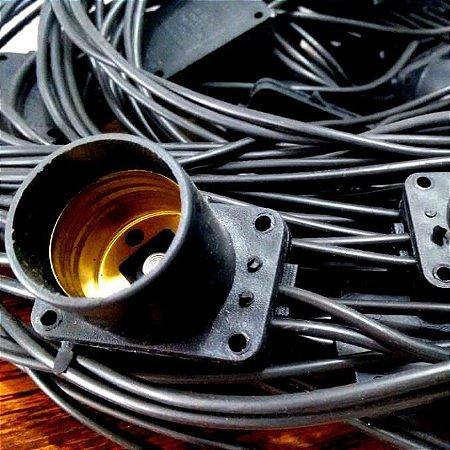 Varal de Lâmpadas - Cordão de Luz  5m + 10 Soquete E27 - PRETO