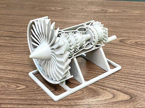 Maquete de Turbofan GE feito em impressora 3D