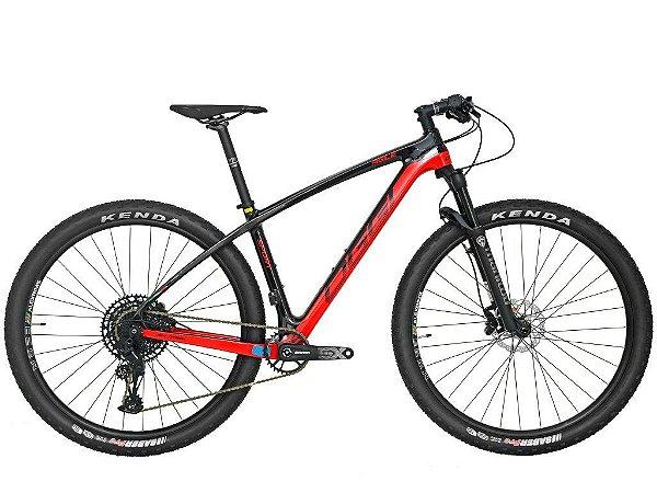 Bicicleta Aro 29 Oggi Agile Sport SX Carbono (2020) Preto/Vermelho