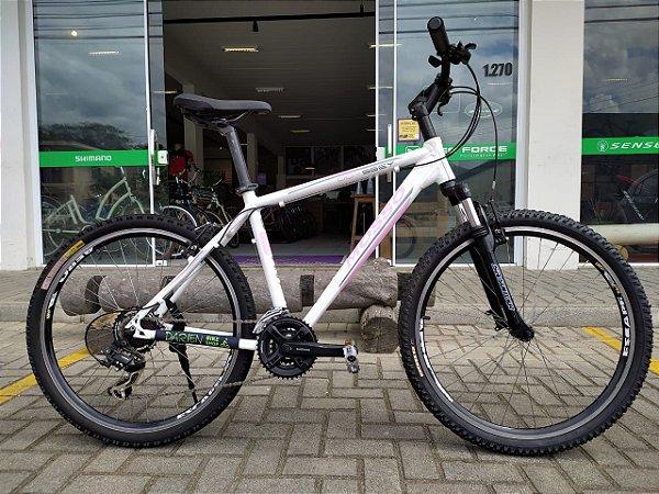 Bicicleta Aro 26 Usada Mosso 21V T18 Branco/Lilas Cli.: 1529